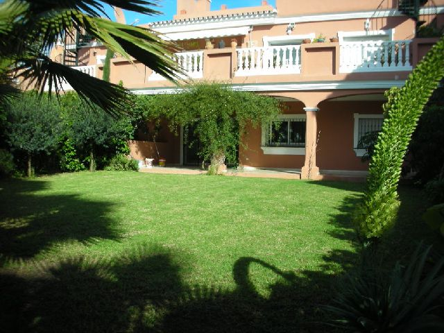 Apartment for Long Term Rent in Estepona (New Golden Mile)